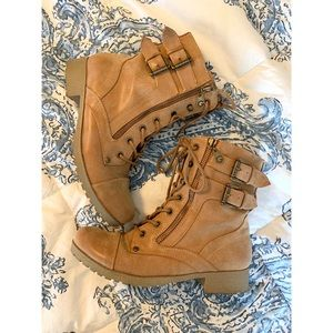 Guess lace up booties ✨
